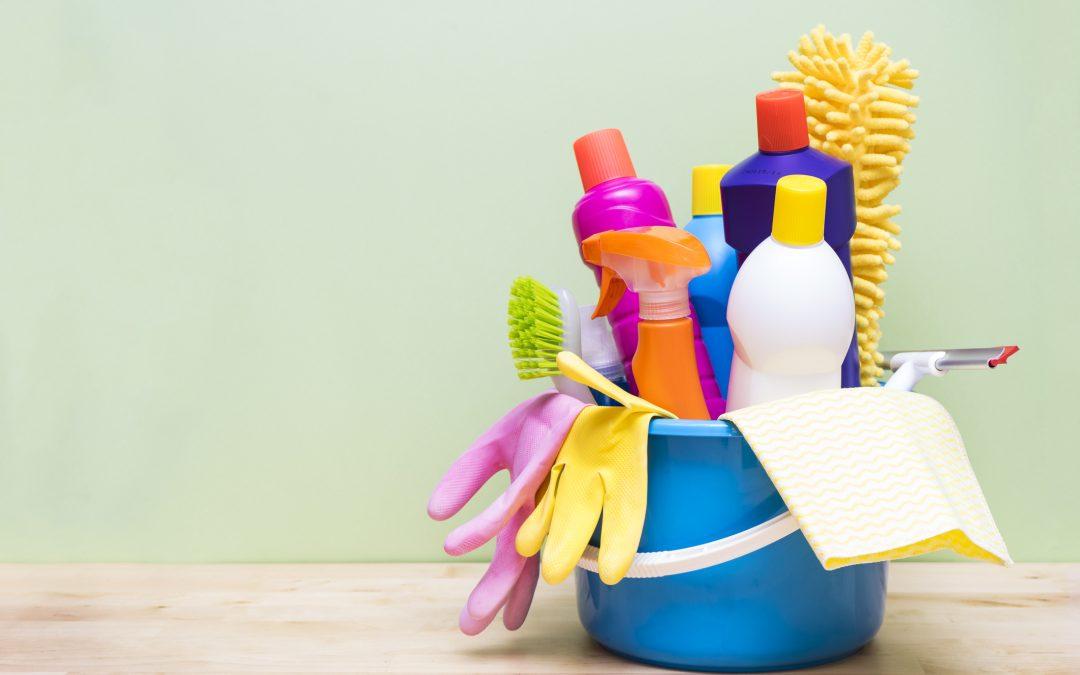 30 Day Declutter Spring Clean Challenge